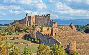 Luoghi da visitare - Vista panoramica sul castello